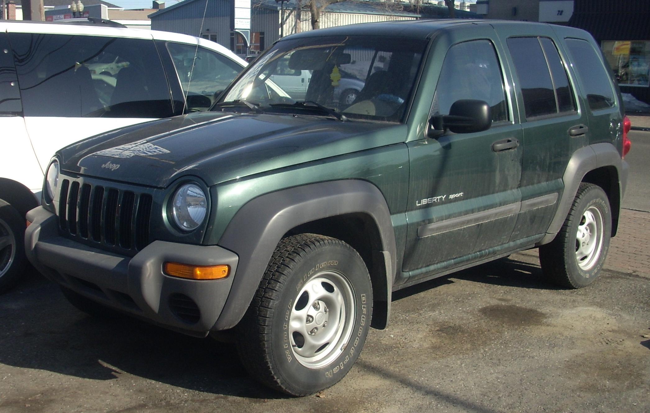 Dezmembrez jeep liberty 2,2 crdi 2002