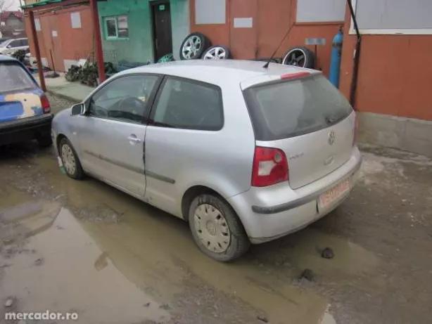 Dezmembrez Volkswagen Polo 1.4 TDI si 1.2 benzina, 2003